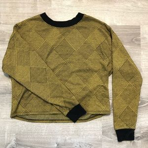 Forever 21 boxy cropped sweater Size S
